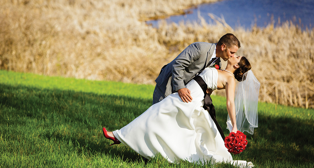 Bride And Groom By Visit Lakeville Weddings