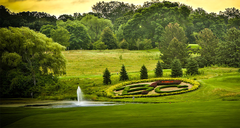 Bracketts-Crossing-Country-Club-Visit-Lakeville-Attractions