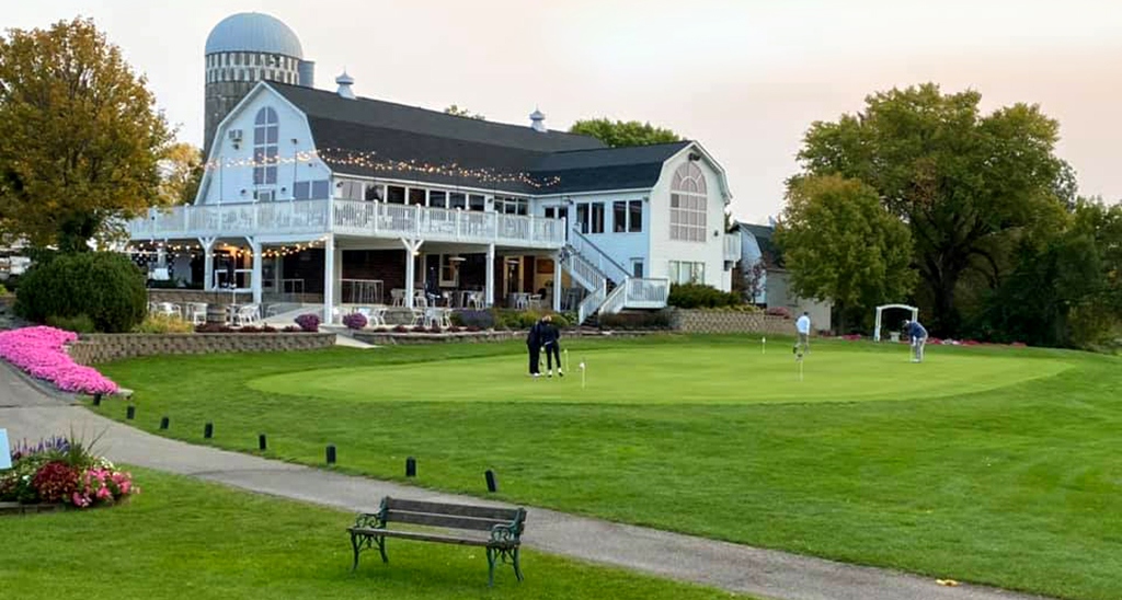 Creeks-Bend-Golf-Course-Visit-Lakeville-Attractions