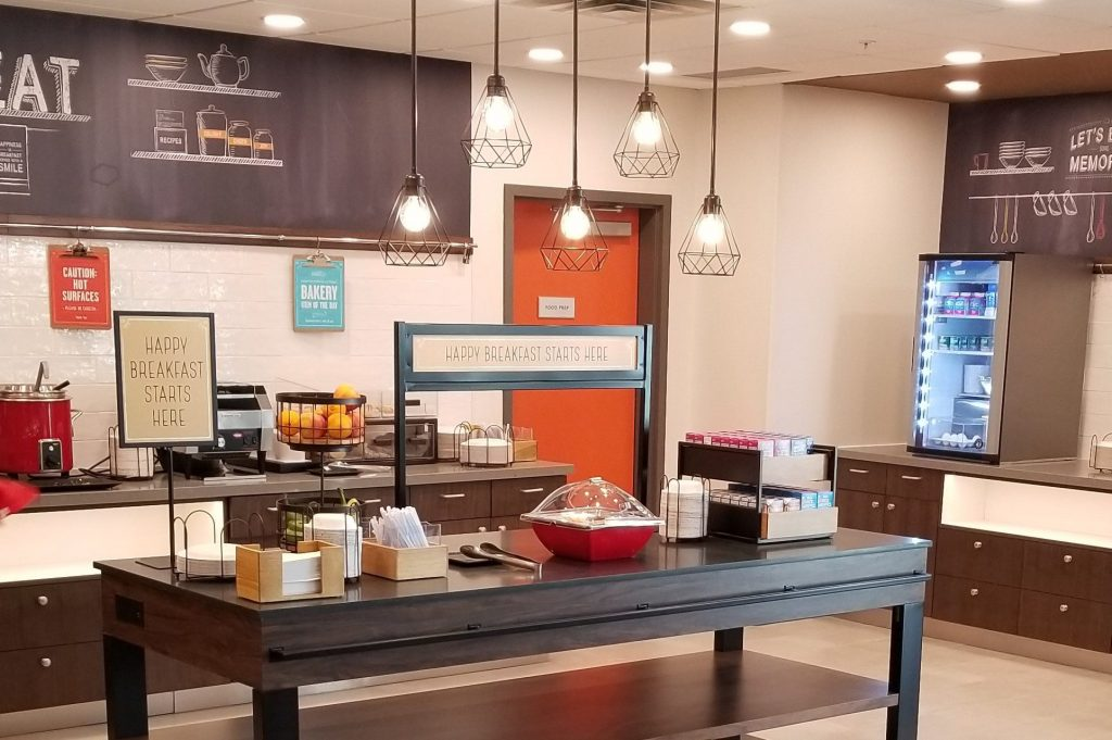 Hampton-Inn-breakfast-e1572031187146