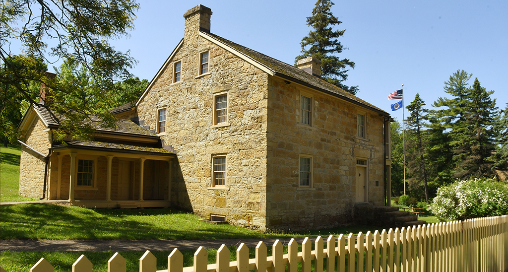 Historic-Sibley-House-Lakeville-Attractions