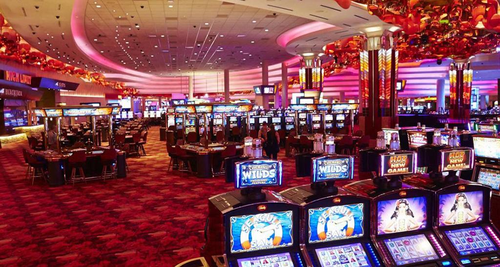 Mystic Lake Casino Interior