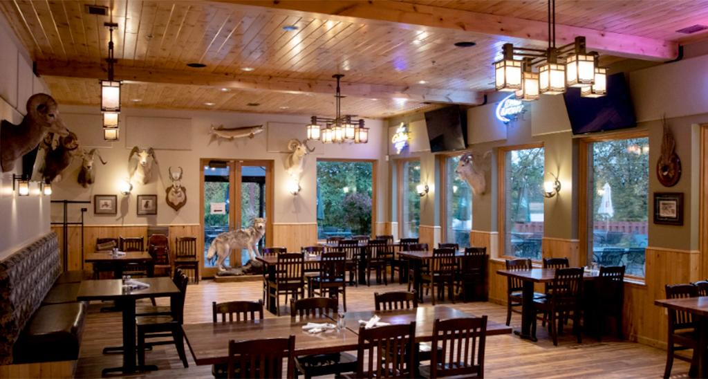 Trigger's Bar And Restaurant Interior
