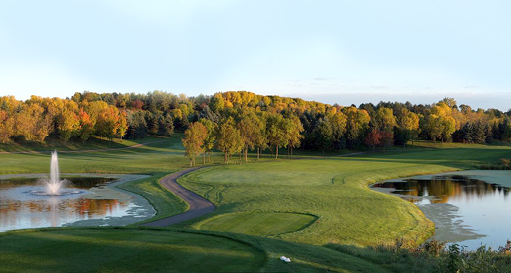 Willingers-Golf-Club-Visit-Lakeville-Attractions