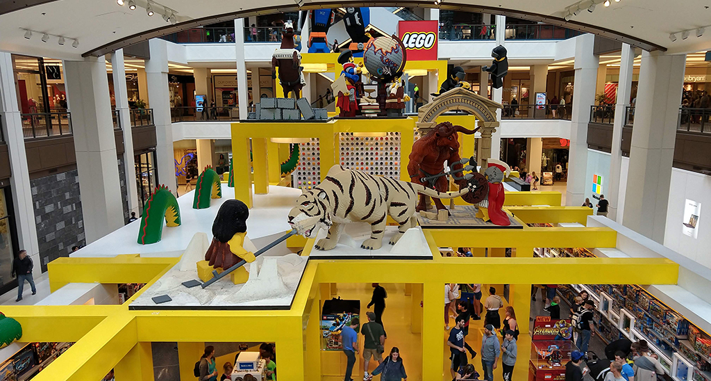 Lego-Store-Visit-Lakeville-Attractions