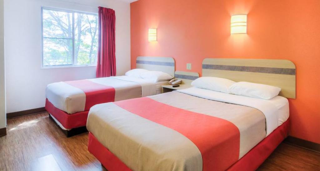 Motel 6 Double Room